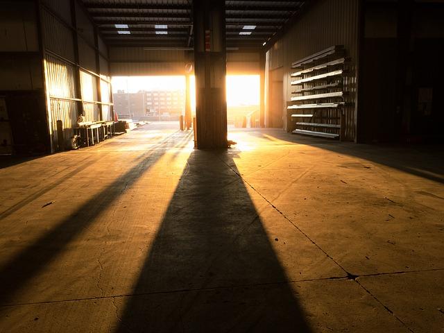 בדקו היטב כי המחסן שלכם מוכן לחורף – נלחמים במים וברטיבות