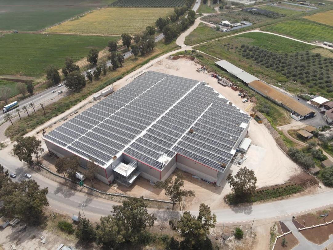 """מערכת סולארית חדשה של טריפל אס הותקנה על גג חברת """"מובילי העמקים"""""""